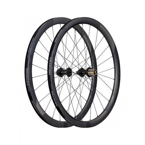 Novatec R3 Disc Clincher Tubeless Carbon Road Wheelset